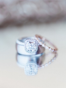 Bling Bling Wedding Rings